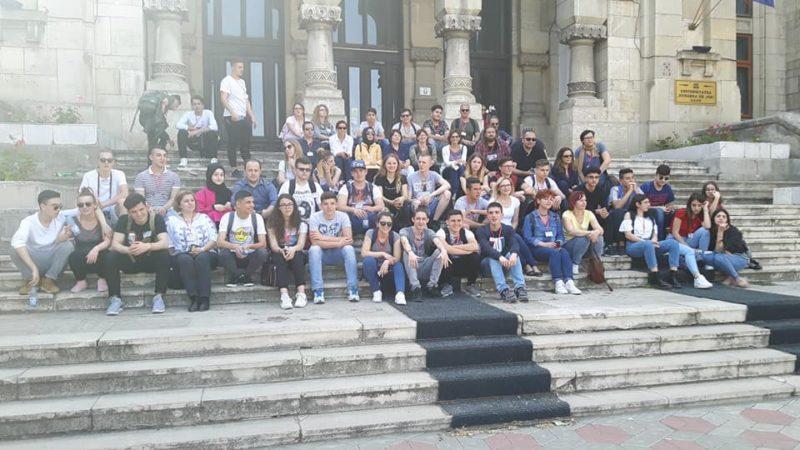 """Το Βενετόκλειο – 1ο ΓΕΛ Ρόδου σε εκπαιδευτική συνάντηση στη Ρουμανία, στο πλαίσιο του προγράμματος Erasmus+ """"Blic& Clic"""""""